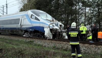 Σύγκρουση τρένων στην Πολωνία - Τουλάχιστον 28 τραυματίες