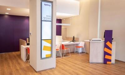 Λύσεις ψηφιακής σήμανσης της Samsung Electronics Hellas για την Optima bank