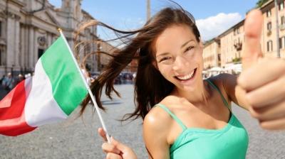 Μείωση κατά 50% στις κρατήσεις των Ιταλών για διακοπές σε εξωτερικό και εσωτερικό