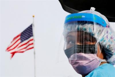 ΗΠΑ: Η μάχη της ... μάσκας - Τα κρούσματα αυξάνονται, οι πολιτικοί τσακώνονται