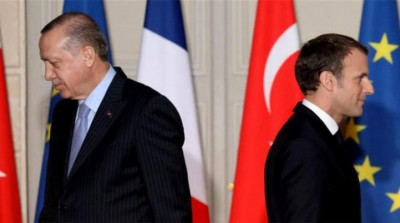 Τουρκία: Σκοτεινή και ανεξήγητη πολιτική της Γαλλίας για τη Λιβύη