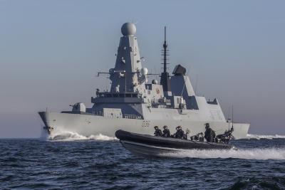 Η Γαλλία εξέφρασε την αλληλεγγύη της στη Βρετανία για το συμβάν με τη Ρωσία στη Μαύρη Θάλασσα