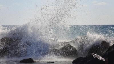 Μέχρι και τα 140 χλμ/ώρα έφτασαν οι ριπές στο Αιγαίο - Θυελλώδεις άνεμοι