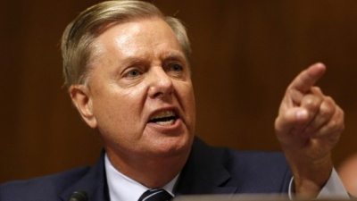 Ρεπουμπλικανός γερουσιαστής ζητά την άμεση έναρξη της δίκης Trump για την υπόθεση Zelensky
