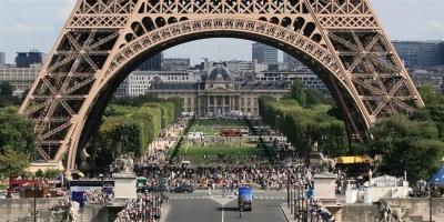 Γαλλία - Κορωνοϊός: Η χρήση του υγειονομικού πάσου θα χαλαρώσει για την είσοδο στα εμπορικά κέντρα