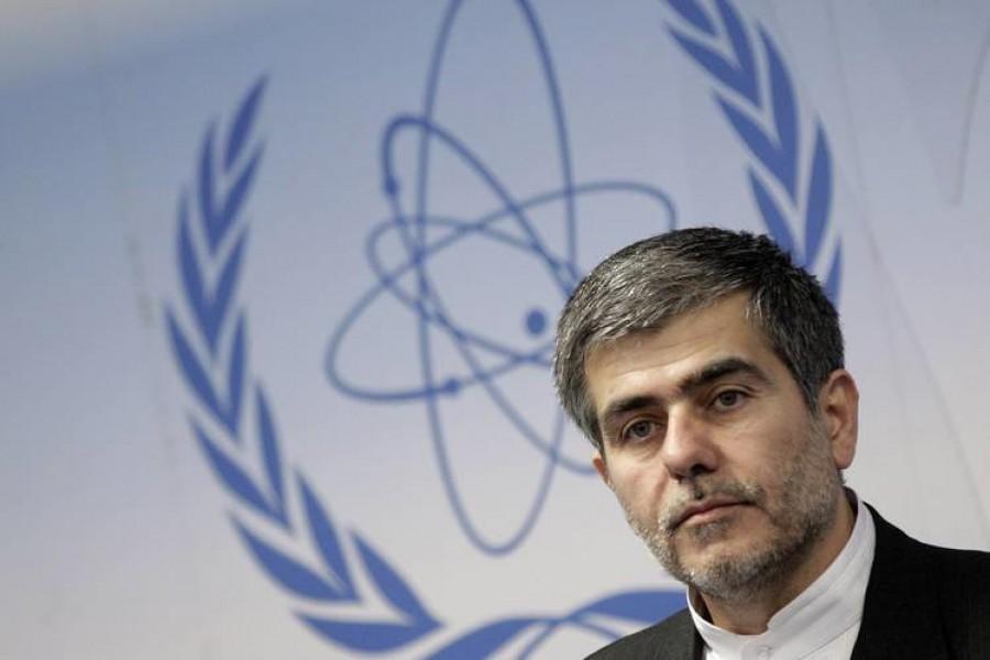 Θρίλερ με την δολοφονία του κορυφαίου πυρηνικού επιστήμονα -  Η Τεχεράνη «δείχνει» Ισραήλ