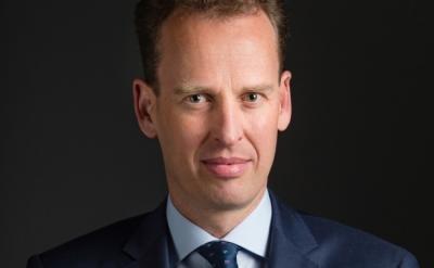 Elderson (ΕΚΤ): Οι τράπεζες της Ευρωζώνης να δεσμευτούν νομικά για την κλιματική αλλαγή