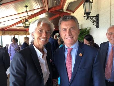 Το pesos της Αργεντινής είναι υπό κατάρρευση – Η Lagarde (ΔΝΤ) μπορεί να αποτρέψει την καταστροφή;