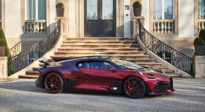 """Πόσο καιρό πήρε στην Bugatti για να παραδώσει αυτή την Divo """"Lady Bug"""";"""