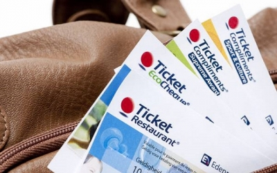 Περί τα 200 εκατ. ευρώ αφορολόγητα μέσω ticket restaurant