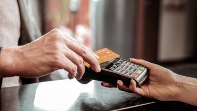 Ηλεκτρονικές αποδείξεις: «Σήμα» από το ΙΟΒΕ να μην πληρώσουμε γι' αυτά που δεν αγοράσαμε