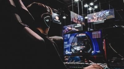 Έρευνα: 1.8 δισ. τζίρο θα φτάσει η αγορά των eSports μέχρι το 2026