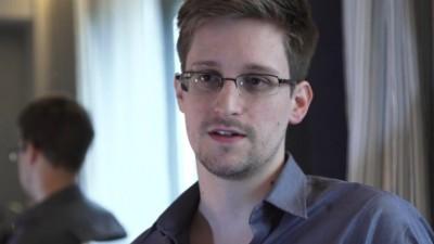 Die Linke: Βουλευτές του κόμματος συναντήθηκαν στην Μόσχα με τον Edward Snowden