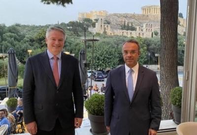 Σταϊκούρας (ΥΠΟΙΚ): Συνάντηση με τον γ.γ. του ΟΟΣΑ Mathias Cormann και μήνυμα για τη φορολογική συμφωνία των 130 κρατών