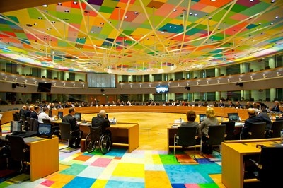 Στο επίκεντρο του Eurogroup η αντίδραση της ΕΕ στους δασμούς Trump - Φόβοι για εμπορικό πόλεμο