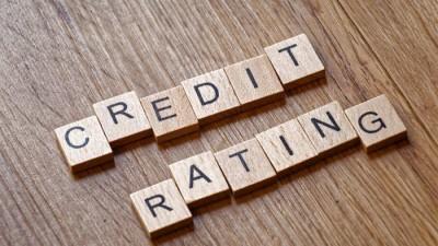 Τι βλέπουν οι τέσσερις οίκοι πιστοληπτικής αξιολόγησης για την Ελλάδα - Οι κίνδυνοι, οι προκλήσεις και οι προοπτικές το 2021