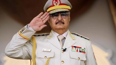 Ο στρατάρχης Haftar δηλώνει ότι έλαβε τη λαϊκή εντολή να κυβερνήσει τη Λιβύη