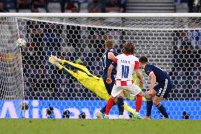 Κροατία – Σκωτία 2-1: «Μαγικό» γκολ ο Μόντριτς! (video)