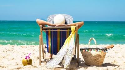 Διπλάσιες οι αναζητήσεις των Βρετανών για φθινοπωρινές διακοπές στην Ελλάδα