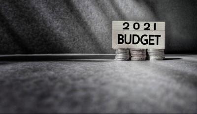 «Πολεμικός» προϋπολογισμός 2021 στις 20/11 στην Βουλή: Πρωτογενές έλλειμμα 4,8% του ΑΕΠ, με ανάπτυξη 5% από εκτίμηση 7,5% - Φορολογικά έσοδα 3 δισ.
