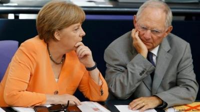 Γερμανία: Ο Schaueble καταλογίζει στη Merkel ευθύνες για τα προβλήματα του CDU