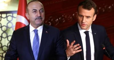 O Cavusoglu απαντά στην επίθεση Macron: Καταστροφική η πολιτική της Γαλλίας στη Λιβύη