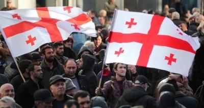 Γεωργία: Συνεχίζονται οι διαδηλώσεις στο κέντρο της Τιφλίδας - Ζητούν πρόωρες εκλογές