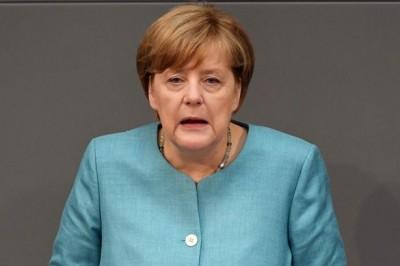 Merkel: Ελλάδα και Τουρκία βρέθηκαν στα πρόθυρα σύρραξης - Έπαινοι στην Άγκυρα για το προσφυγικό, πυρά στην Αθήνα για τη Μόρια