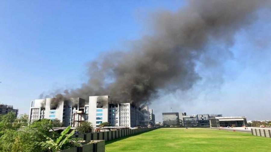 Πέντε νεκροί σε πυρκαγιά εργοστασίου παραγωγής εμβολίων κατά του Covid-19
