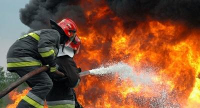 Πυρκαγιά  στην περιοχή Παλιάς Περίθειας στην Κέρκυρα - Την κατάσβεση επιχειρούν οι πυροσβεστικές δυνάμεις