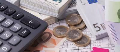 Βουλή: Μείωση 3% στις ασφαλιστικές εισφορές και ρύθμιση χρεών ως 24 δόσεις στα Ταμεία - Τροπολογία του υπ. Εργασίας