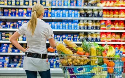 ΙΕΛΚΑ: Αύξηση 3,1% της απασχόλησης στο λιανεμπόριο τροφίμων το 2020