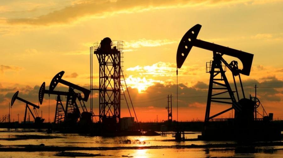 Πιέσεις στο πετρέλαιο εν αναμονή της συνεδρίασης του OPEC+ - Στα 62,58 δολ/βαρέλι το Brent