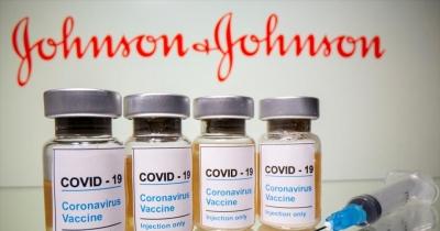 Η Πολωνία θέλει τα εμβόλια J&J που αφήνει η Δανία