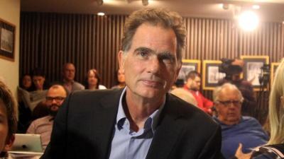 Επιστροφή στο ΠΑΣΟΚ και εκλογή νέου προέδρου ζητά ο Νίκος Παπανδρέου