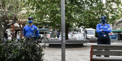 Κορωνοπάρτι: Επτά συλλήψεις και 295 παραβάσεις στο Περιστέρι και στην πλατεία Αγίου Γεωργίου στην Κυψέλη