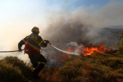 Νέο μέτωπο φωτιάς σε χωριό του Ηρακλείου Κρήτης