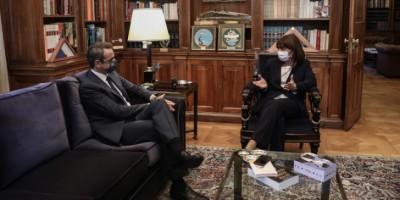 Μητσοτάκης: Οι προκλήσεις απομονώνουν την Τουρκία διεθνώς - Αιχμές Σακελλαροπούλου σε ΕΕ
