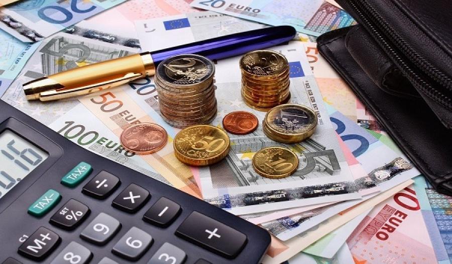 Αναδρομικά: Σε τρεις δόσεις των κληρονόμων - Με καθυστέρηση το καλοκαίρι ο επανυπολογισμός μέχρι 4.700 ευρώ