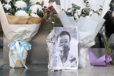 Κίνα: Ένας χρόνος από τον θάνατο του γιατρού που αποκάλυψε τον Covid -19