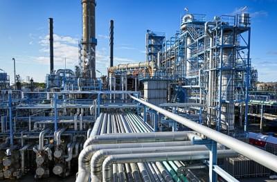 Κόντρα στoυς short η Pantelakis για τα διυλιστήρια - Τιμή στόχος 16 ευρώ για την Motor Oil και 7 ευρώ για τα ΕΛΠΕ