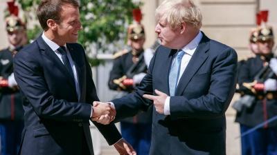 Politico: Επιστολή Macron σε Johnson για στενότερη συνεργασία σε άμυνα και ασφάλεια μετά το Brexit