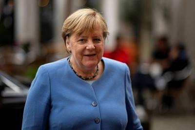 Μήνυμα Merkel: Οι διαφορές μελών της ΕΕ να επιλύονται με συζήτηση, όχι με δικαστικές προσφυγές