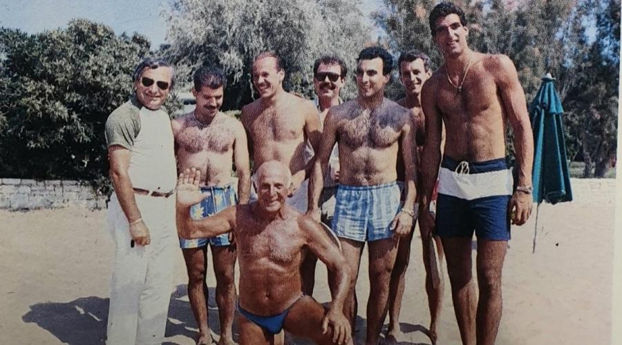 Ούτε ο καύσωνας το 1987 δεν μπορούσε να... λυγίσει το Νίκο Γκάλη