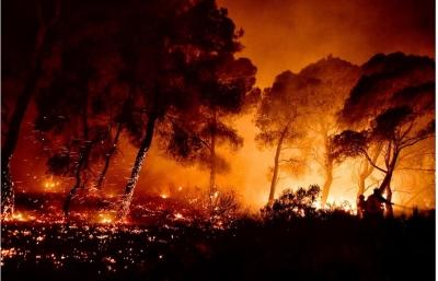 Δυστυχώς αποτύχαμε: Η Ελλάδα καίγεται ολοσχερώς - Οι εικόνες της καταστροφής