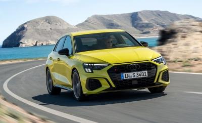 Συνεχίζει πεντακύλινδρο το νέο Audi RS3 που θα έχει έως 450 άλογα