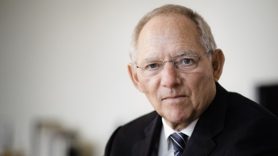 Schaeuble (Γερμανία): Με στεναχωρεί που οι πολίτες δεν εμβολιάζονται – Οι εμβολιασμένοι να απολαμβάνουν περισσότερες ελευθερίες