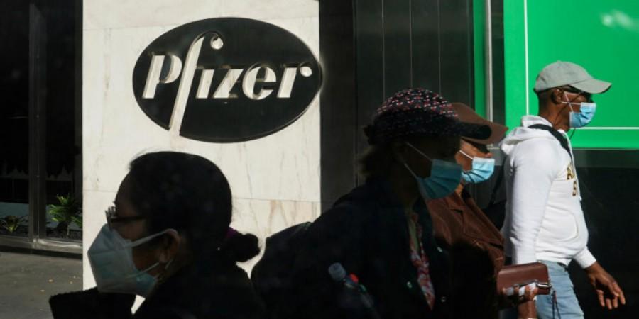 Γερμανία: Γιατί δεν σπεύσαμε όπως η Βρετανία για την έγκριση του εμβολίου της Pfizer