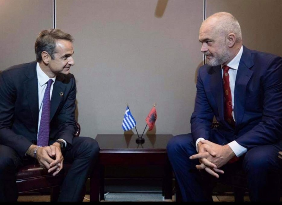 Mitsotakis with Edi Rama. Μητσοτάκης σε Rama: Να κατοχυρώσετε τα περιουσιακά δικαιώματα των Ελλήνων  της Αλβανίας
