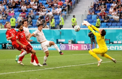 Ελβετία – Ισπανία 1-1: Έχει κατεβάσει «ρολά» ο Ζόμερ! (video)